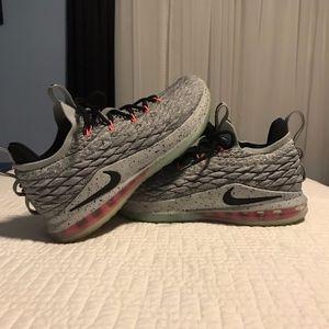 Men's Lebron James Low 15 Basketball Shoes